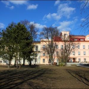 Červenka budova