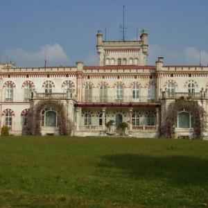 Jevišovice zámek