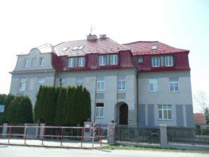 Hodkovice hlavní budova